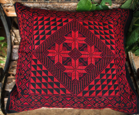 Hand-embroidered pillow 'Arab tribes motives' (red)