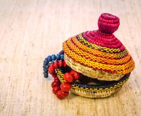 Круглая шкатулка для украшений (Эфиопия)